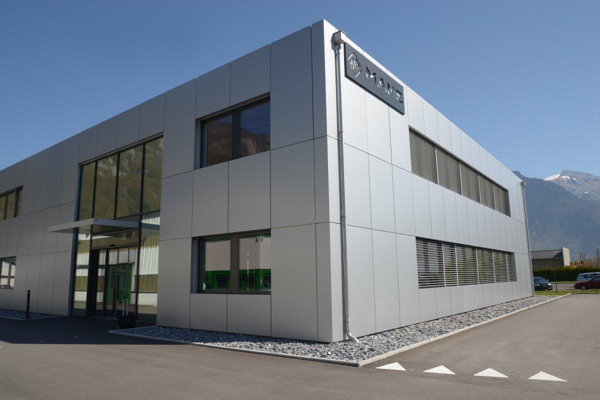 B timent industriel bonvin partners for Cout batiment industriel m2